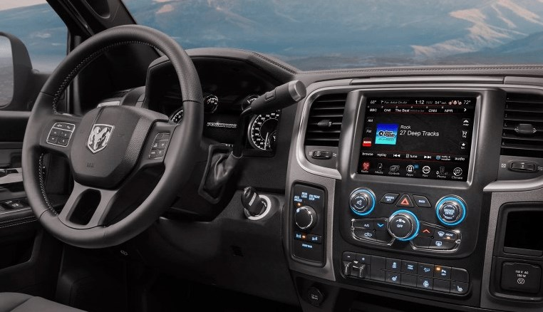 2021 Dodge Dakota Interior